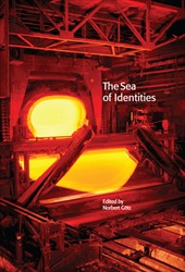 Omslag för The Sea of Identities: A Century of Baltic and East European Experiences with Nationality, Class, and Gender